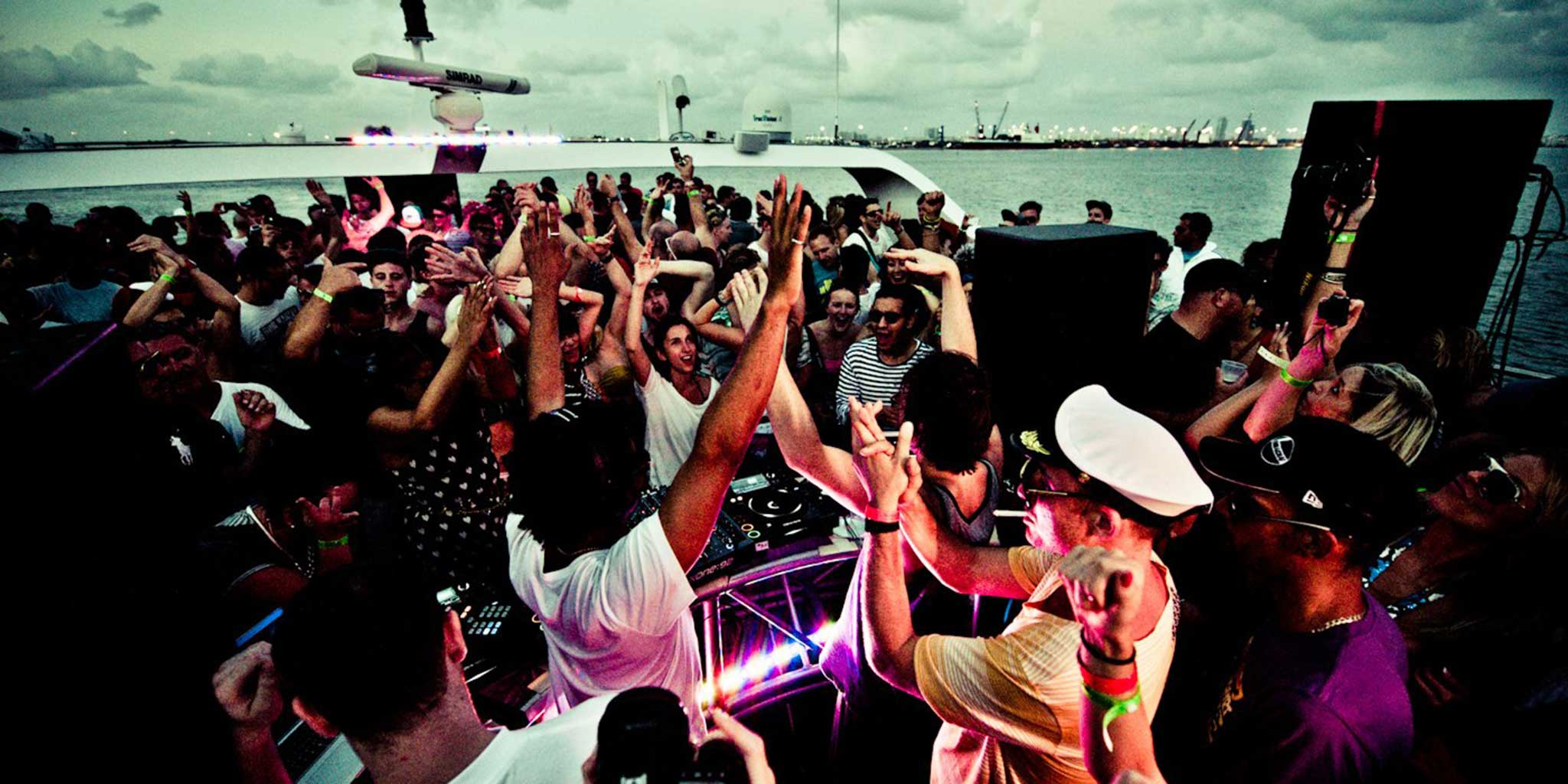 Six Days of Yacht Parties With Magnetic Grooves Image