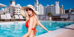 Redbury Hotel Rooftop Pool Image